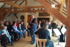 Bürgermeister Steffen Sang begrüßt die Gäste