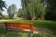 Bänke für den Schlosspark
